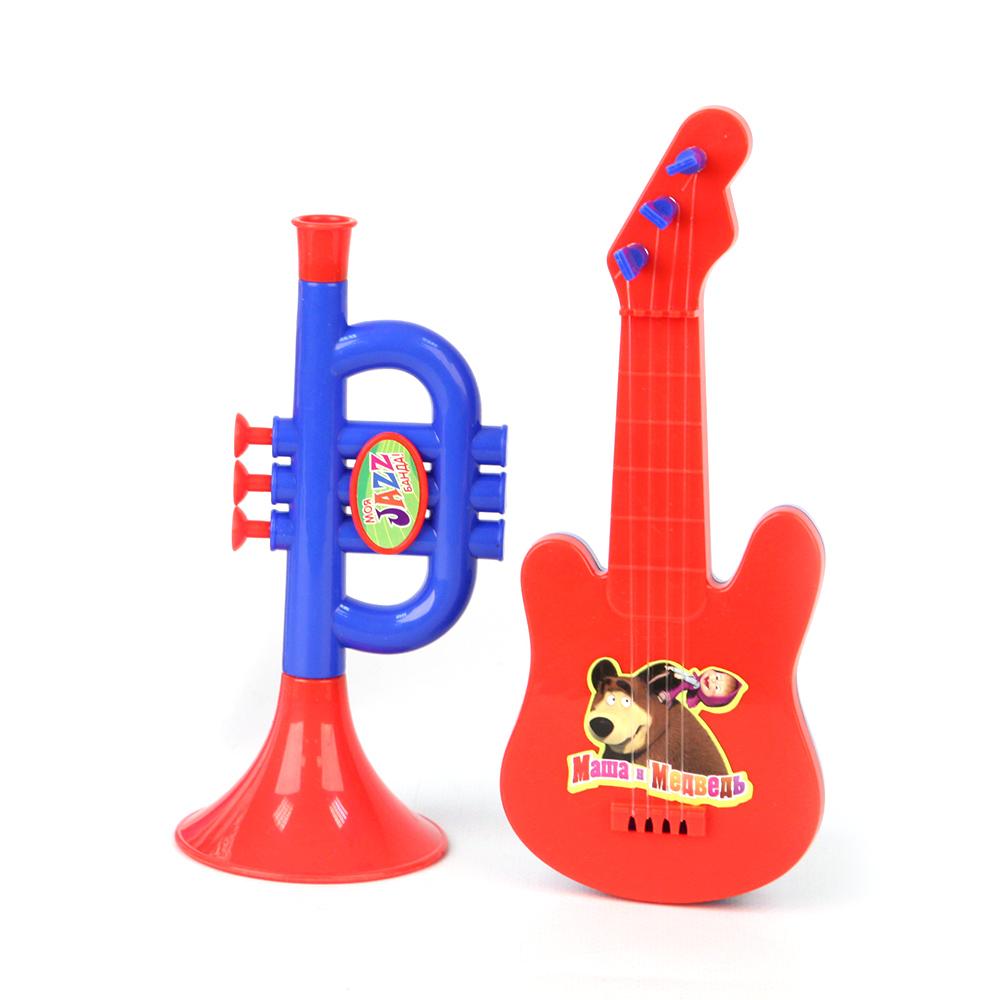 Музыкальные инструменты GT5840 в пакетеGT5840Уже с малых лет у детей может начать проявляться интерес к музыке, но настоящие инструменты малышу давать рано, поэтому лучшим решением в этой ситуации послужат детские музыкальные инструменты. Труба - яркая пластмассовая музыкальная игрушка. Дуем в трубочку, нажимаем на 3 кнопочки, и пытаемся наиграть какую-нибудь мелодию. Юный музыкант сможет с помощью гитары извлекать достаточно мелодичные звуки, пощипывая пальчиками каждую струну отдельно или сразу несколько струн. Если пригласить друзей с другими музыкальными инструментами, то можно составить небольшой оркестр. Игра на музыкальном инструменте способствует развитию координации движений, ловкости, тактильных ощущений, моторики рук, слуха, прививает с детства любовь к музыке.