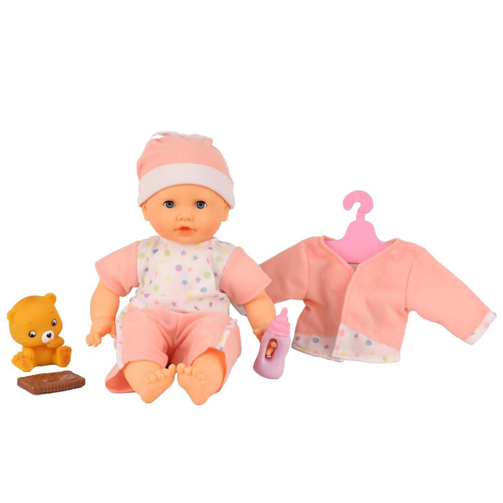 Кукла интерактивная GT8092 Моя Радость, 9 функций, 30 фраз, на батарейках68038-2EОбаятельный малыш «Моя радость» будет лучшим подарком для вашего ребенка. Кукла сыграет хорошую роль в развитие вашего ребенка, так как она интерактивная. Куколка может произнести 30 фраз, и каждая из них связана с вашим действием. Нажимаете ей на животик, и она произносит, например, фразу: «Мам, я хочу кушать». Ваш ребенок дает кушать печенье, и куколка выдает характерный звук. Так же кукла умеет выполнять следующие действия: поет колыбельную песню, кушает из бутылочки, кушает печенье. Когда кукла начинает «кушать», она шевелит щечками, реагирует на прикосновение к щечке. В комплект входят: печенье, бутылочка, медвежонок. Работает от 3 батареек АА, входят в набор.
