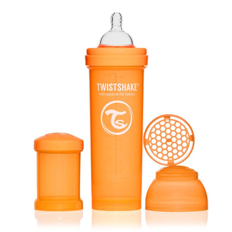 Twistshake Бутылочка для кормления 330 мл с контейнером для сухой смеси и соской 4+, оранжевая78015Бутылочка для кормления Twistshake 260 мл, белая Современные родители, которые хотя бы раз сталкивались с приготовлением молочной смеси для малыша знают, что добиться однородности и отсутствия комочков в смеси очень нелегко. Twistshake решает эту проблему раз и навсегда. Уникальная особенность бутылочек Twistshake - наличие специального шейкера, который тщательно разбивает молочную смесь. Все бутылочки Twistshake имеют антиколиковые соски, специальный клапан которых предотвращает попадание лишнего воздуха и снижает вероятность возникновения колик у малыша. В комплекте каждой бутылочки имеется контейнер для сухой смеси. Он незаменим в дороге, ведь смесь нужно готовить непосредственно перед употреблением, а не заранее. Также контейнер можно использовать и для транспортировки детского питания или снеков. Баночки соединяются между собой, что экономит место и очень нравится детям. Бутылочки Twistshake выполнены в ярких сочных цветах. Поэтому это не только необходимый аксессуар для...