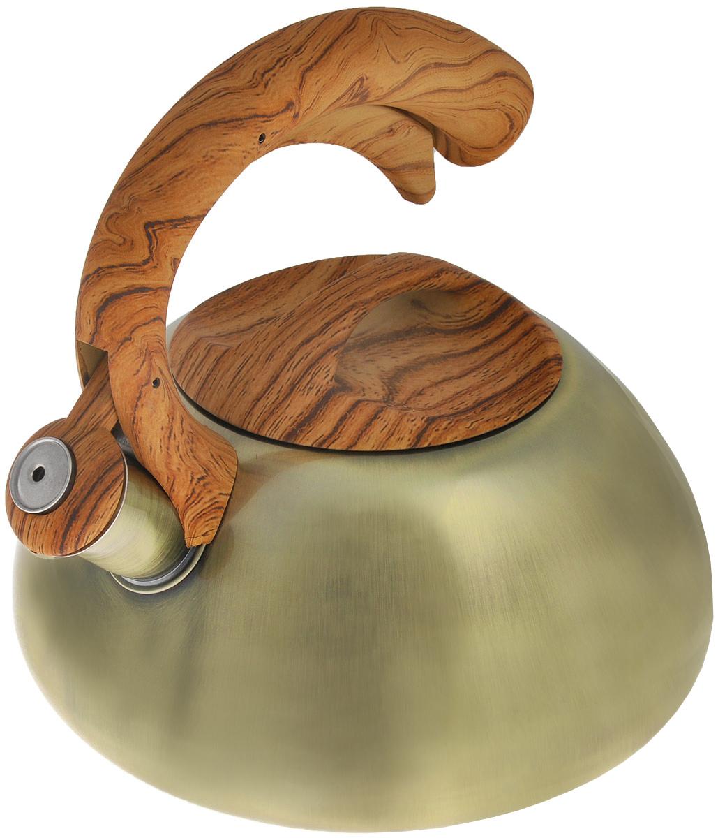 Чайник Bekker Koch со свистком, 3 л. BK-S424BK-S424Чайник Bekker Koch изготовлен из высококачественной нержавеющей стали 18/10. Цельнометаллическое дно распределяет тепло по всей поверхности, что позволяет чайнику быстро закипать. Крышка и эргономичная фиксированная ручка выполнены под дерево из бакелита с приятным на ощупь прорезиненным покрытием. Носик оснащен откидным свистком, который подскажет, когда вода закипела. Свисток открывается и закрывается нажатием рычага на ручке. Подходит для всех типов плит, включая индукционные. Можно мыть в посудомоечной машине. Диаметр (по верхнему краю): 11 см. Диаметр основания: 22 см. Высота чайника (без учета ручки): 11 см. Высота чайника (с учетом ручки): 21 см.