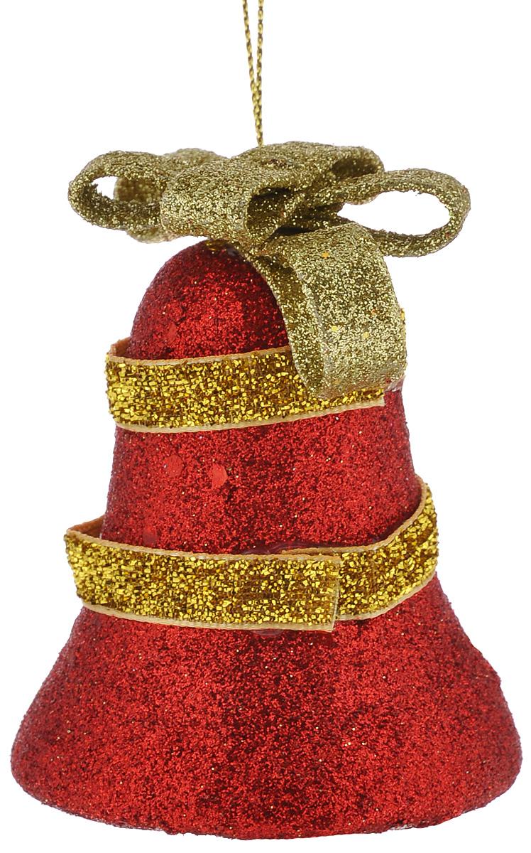 Набор новогодних подвесных украшений Euro House Колокольчик, цвет: красный, золотистый, 6 х 6 х 8 см, 3 штЕХ9169_красныйНабор новогодних подвесных украшений Euro House Колокольчик прекрасно подойдет для праздничного декора новогодней ели. Набор состоит из 3 украшений в виде колокольчика. Украшения выполнены из пенопласта и оформлены текстильной лентой и блестками. Для удобного размещения на елке для каждого украшения предусмотрена петелька, выполненная из текстиля. Елочная игрушка - символ Нового года. Она несет в себе волшебство и красоту праздника. Создайте в своем доме атмосферу веселья и радости, украшая новогоднюю елку нарядными игрушками, которые будут из года в год накапливать теплоту воспоминаний. Откройте для себя удивительный мир сказок и грез. Почувствуйте волшебные минуты ожидания праздника, создайте новогоднее настроение вашим дорогим и близким.