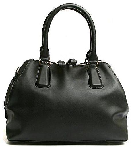 Сумка женская Milana, цвет: черный. 151610-1-110151610-1-110Элегантная сумка Milana выполнена из искусственной кожи. Изделие закрывается на застежку молнию с двумя бегунками. Внутри - одно большое отделение. Также внутри - один втачной карман на застежке-молнии и два накладных кармана для телефона и разных мелочей. На дне сумки расположены металлические ножки, что помогает защитить ее от механических повреждений. Изделие оснащено удобным плечевым ремнем, который регулируются по длине. В этом сезоне этот модный аксессуар поможет вам быть в тренде!