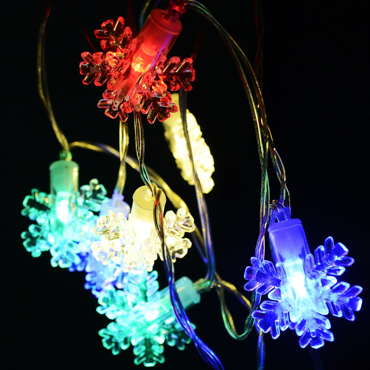 Новогодняя гирлянда Lunten Ranta Снежная, на батарейках, цвет: прозрачный, длина 2,5 м67681Новогодняя гирлянда Lunten Ranta Снежная украсит интерьер вашего дома или офиса в преддверии Нового года. Изделие изготовлено из акрила и пластика и оснащено 10 LED лампами. Гирлянда работает на 2 батарейках типа АА (1,5 V) (не входят в комплект). Предназначена для использования внутри помещения. Оригинальный дизайн и красочное исполнение создадут праздничное настроение. Откройте для себя удивительный мир сказок и грез. Почувствуйте волшебные минуты ожидания праздника, создайте новогоднее настроение вашим дорогим и близким. Количество ламп: 10 шт. Общая длина гирлянды: 2,5 м.