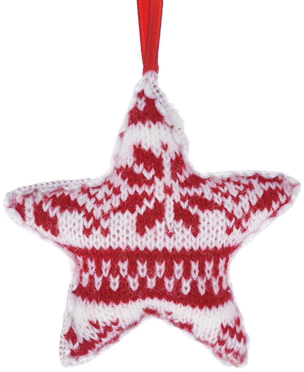 Новогоднее подвесное украшение EuroHouse ЗвездаЕХ 9131Новогоднее подвесное украшение EuroHouse Звезда отлично подойдет для декорации вашего дома и новогодней ели. Изделие выполнено из пластика и вязаного полиэстера в форме звезды. С помощью специальной петельки украшение можно повесить в любом понравившемся вам месте. Новогодние украшения несут в себе волшебство и красоту праздника. Они помогут вам украсить дом к предстоящим праздникам и оживить интерьер.