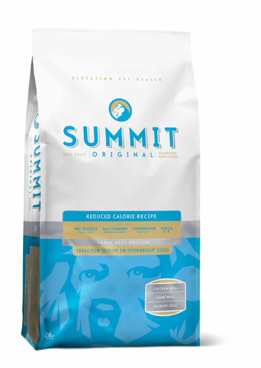 Summit holistic Для собак три вида мяса с цыпленком, ягненком и лососем, контроль веса (Original Three Meat, Reduced Calorie Recipe DF) , 12,7 кг.10381Summit Holistic - супер-премиум корм из Канады. При изготовлении Summit Holistic используется уникальное сочетание высококачественных ингредиентов, которые обеспечивают исключительно натуральный вкус и максимальную питательную ценность. Summit Holistic содержит только качественные ингредиенты от давно зарекомендовавших себя фермерских хозяйств компании Petcurean (производители холистик кормов GO! и NOW! Natural). Не содержит субпродуктов, искусственных красителей, сои, кукурузы, мясных ингредиентов, выращенных на гормонах. В состав Summit Holistic входят: высококачественное мясо ягненка; масло канолы; хелатные минералы; льняное масло; юкка Шидигера; сбалансированный комплекс жирных кислот Омега 6 и Омега 3; природные антиоксиданты; ламинария; основные витамины и минералы. Состав: Дегидрированное мясо цыпленка, цельный коричневый рис, цельный белый рис, ячмень, овсянка, куриный жир (консервированный токоферолами), горох, дегидрированное...