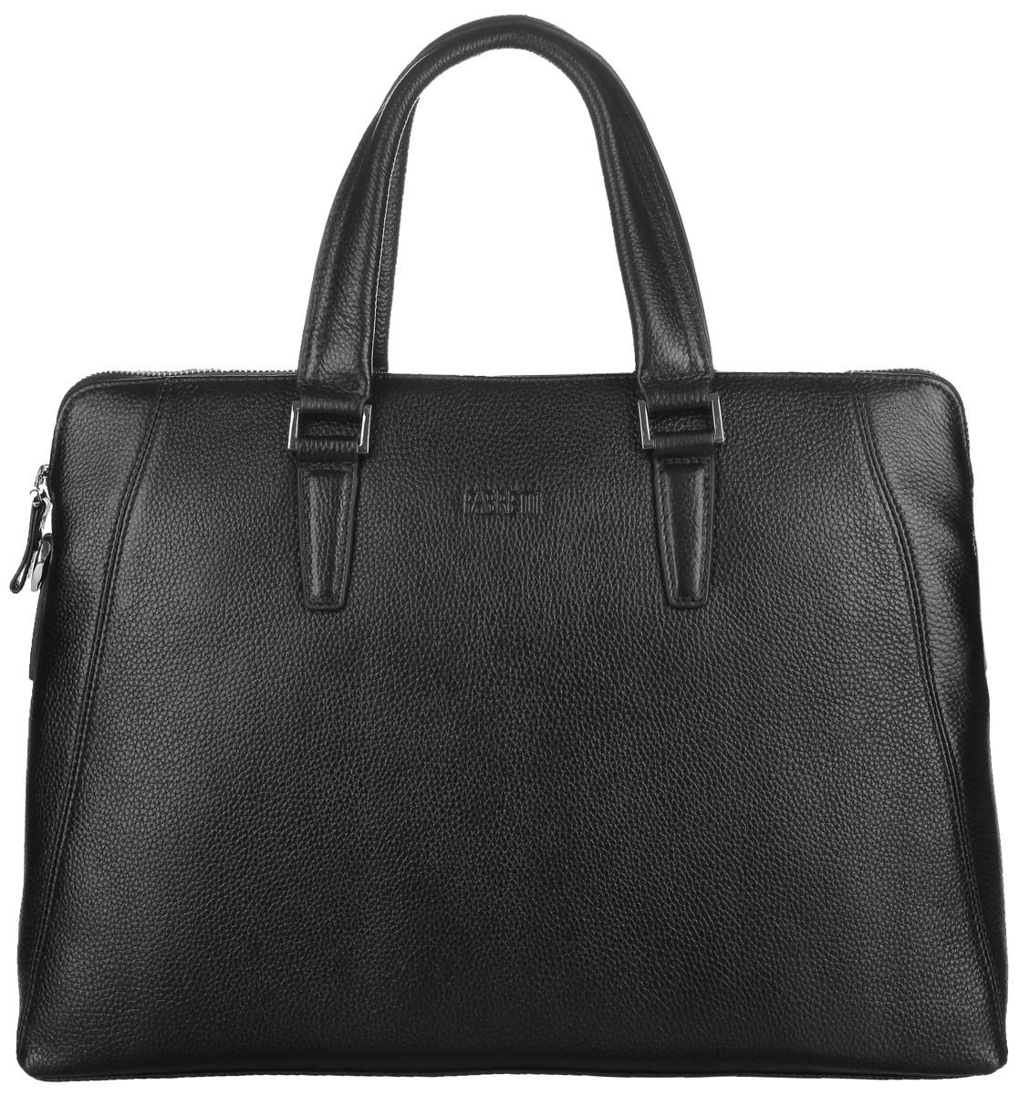 Сумка мужская Fabretti, цвет: черный. YFB001YFB001-blackСтильная мужская сумка Fabretti выполнена из натуральной кожи с зернистой фактурой, оформлена металлической фурнитурой и символикой бренда. Изделие закрывается на металлическую застежку-молнию, содержит одно основное отделение. Внутри сумки расположен мягкий карман для планшета с хлястиком на липучке, два накладных кармана, два фиксатора для ручек и врезной карман на застежке-молнии. Снаружи, на тыльной стенке сумки, расположен врезной карман на застежке-молнии. Изделие дополнено двумя практичными ручками и съемным плечевым ремнем, длина которого регулируется при помощи пряжки. Стильная и практичная мужская сумка Fabretti дополнит ваш деловой стиль.