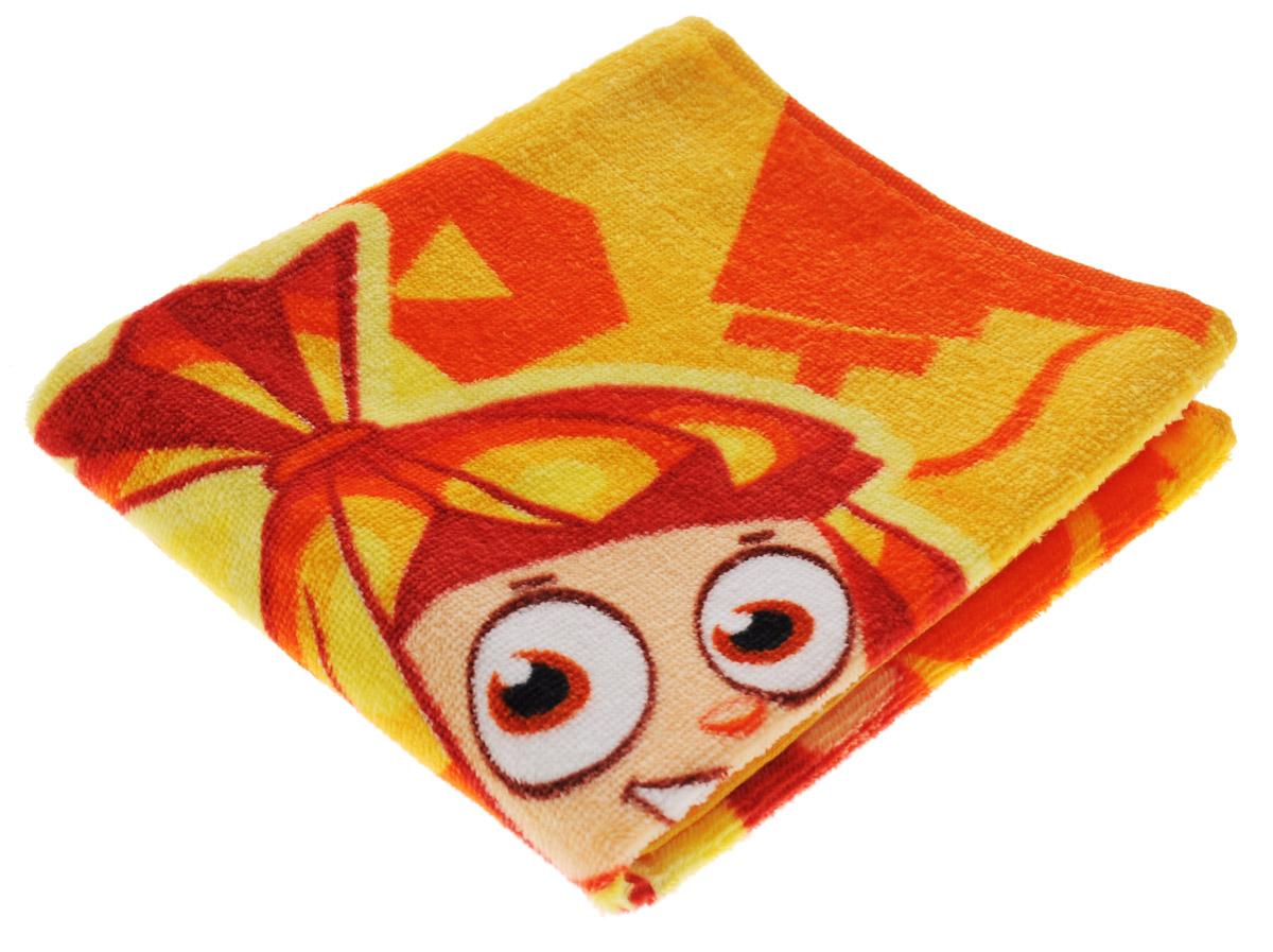 Мульткарнавал Полотенце махровое Фиксики Симка 40 см х 70 см1300115869_желтый, оранжевыйМахровое полотенце Мульткарнавал Фиксики: Симка, выполненное из натурального 100% хлопка, подарит вам и вашему малышу мягкость и необыкновенный комфорт в использовании. Полотенце украшено изображением Симки из анимационного мультсериала Фиксики. Красочное изображение любимого героя и невероятная мягкость полотенца обязательно приведут в восторг вашего ребенка и превратят любое купание в веселую и увлекательную игру. Ткань не вызывает аллергических реакций, обладает высокой гигроскопичностью и воздухопроницаемостью. Полотенце великолепно впитывает влагу, нежное на ощупь и не теряет своих свойств после многократной стирки. Порадуйте себя и своего ребенка таким замечательным подарком! Режим стирки: при 40°С.