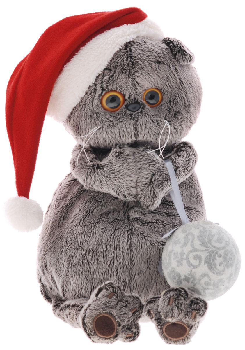 Мягкая игрушка Басик и новогодний колпачок 30 смKs30-020Мягкая игрушка Басик и новогодний колпачок подарит малышу немало прекрасных мгновений. Дети очень трепетно относятся к домашним животным, особенно они любят котов и собак и часто просят своих родителей приобрести им такого друга. Однако домашние питомцы не всегда хорошо влияют на детей - они могут поцарапать и даже вызвать аллергическую реакцию, поэтому приходят на помощь мягкие игрушки, очень похожие на настоящих питомцев. С этим шотландским вислоухим котиком можно играть, отдыхать и засыпать в обнимку, рассказывая свои секреты. У него густая плюшевая шерстка, которую так приятно гладить. У Басика круглые медовые глазки, маленькие ушки и черный носик. Кот в красном новогоднем колпаке с белой меховой оторочкой и помпоном. В лапках кот держит ёлочную игрушку - серебристый шар на ленточке с бантиком. Мягкие игрушки очень полезны для малышей, потому что весьма позитивно влияют на детскую нервную систему, прогоняя всевозможные страхи. Играя, малыш развивает...