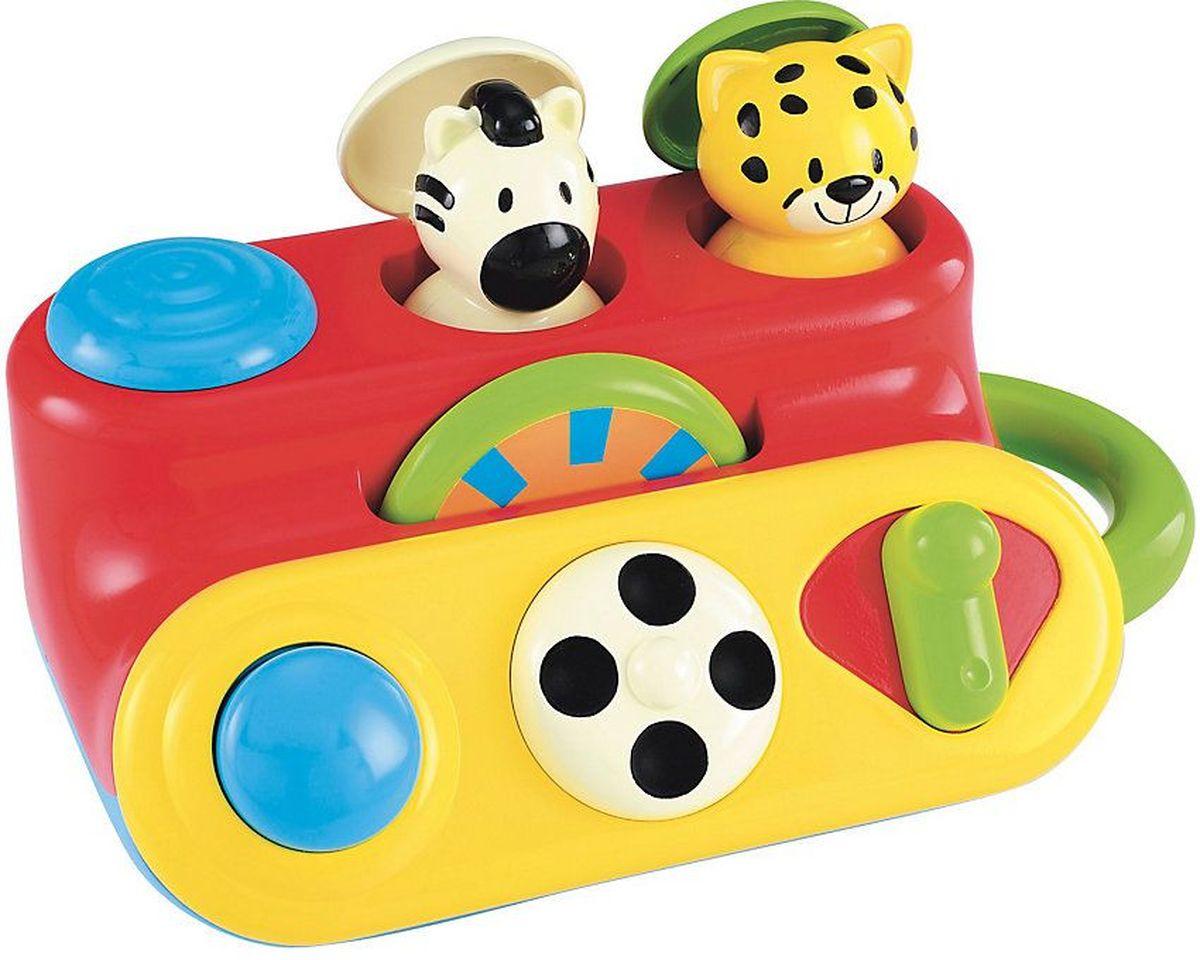 ELC Развивающая игрушка Животные из джунглей130568Яркая развивающая игрушка ELC обязательно понравится вашему малышу и доставит ему массу положительных эмоций. Игрушка состоит из панели с разными функциями и фигурками животных. Малыш сам разберется, что нажать, покрутить или сдвинуть, чтобы веселые зверушки выглянули из джунглей. У игрушки удобная ручка: малыш сможет носить игрушку с собой. Игрушка развивает зрительные, слуховые и тактильные способности вашего ребенка. Благодаря согласованным действиям рук и глаз движения ребенка становятся более совершенными и точными.