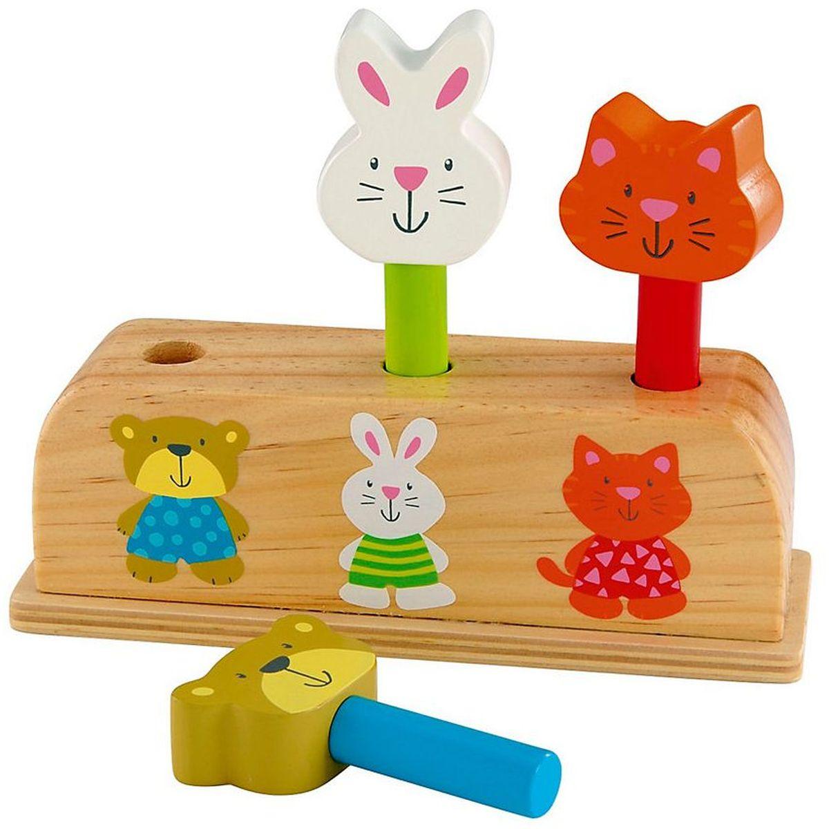 ELC Сортер Сортер из дерева135678Веселая игрушка из дерева с тремя персонажами. Помести кролика, кота и медвежонка в соответствующие отверстия. Нажми сверху и… Сюрприз.
