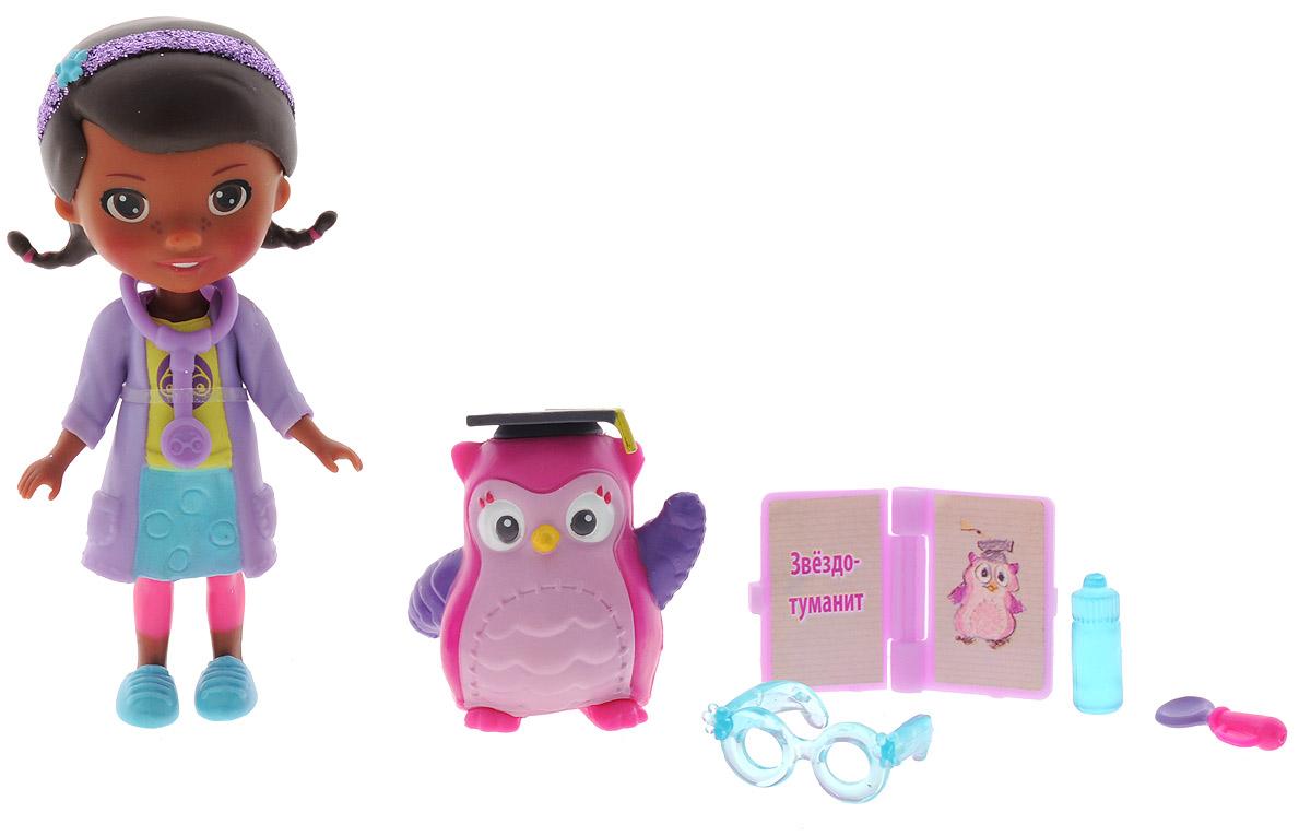 Disney Игровой набор Доктор Плюшева Глазной доктор и профессор сова90805_Глазной докторИгровой набор Disney Доктор Плюшева Глазной доктор и профессор сова привлечет внимание вашей малышки и подарит много часов, посвященных игре с ней. Фигурки набора выполнены из высококачественного пластика в виде персонажей популярного мультсериала Доктор Плюшева. Дотти - главная героиня мультфильма, шестилетняя девочка, очень добрая, приветливая и всегда готова вылечить любую игрушку. В комплект также входит фигурка совы и пять аксессуаров: стетоскоп, книга болезней и дополнительные медицинские принадлежности. Игра с набором поможет развить в вашей малышке тактильную чувствительность и воображение, а также чувство ответственности и заботы. Порадуйте свою принцессу таким великолепным подарком!