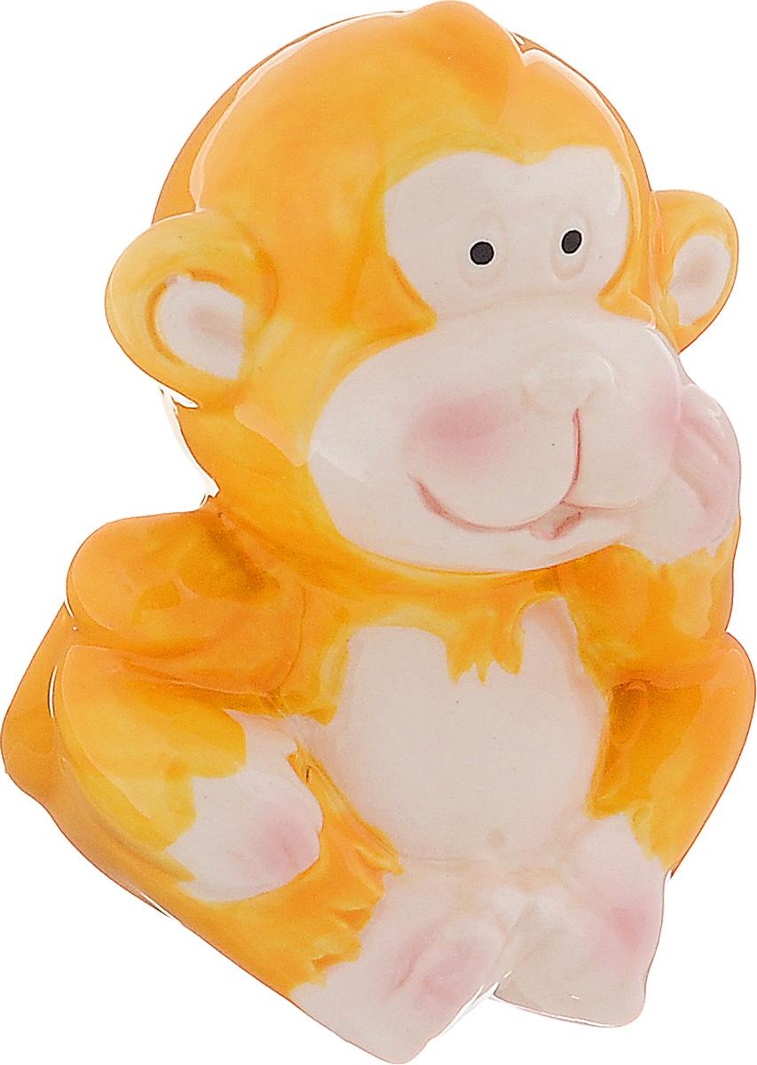 Сувенир керамика Обезьянка цветная, цвет: желтый, 5,5 х 5,5 х 7 см1056092_желтыйСувенир Sima-land Обезьянка цветная выполнен из керамики в виде забавной обезьянки. Он привлекает к себе внимание и буквально умиляет, заставляя улыбнуться. Такой сувенир станет отличным подарком родным или друзьям на Новый год, а также он украсит интерьер вашего дома или офиса.
