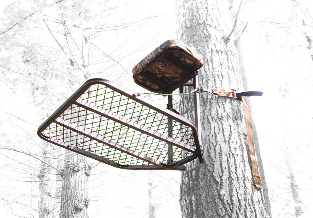 Засидка складная на дерево Canadian Camper CC-TS50230220103Засидка на дерево. Быстрое и надежное крепление к стволу дерева. Удобно складывается для переноски за спиной (необходимые лямки в комплекте). Съемное сиденье с подлокотниками. Большая, решетчатая платформа. Страховочная обвязка в комплекте. Размер платформы - 76,2 Х 61 см, высота сиденья - 56 см, вет - небликующий коричневый, материал - сталь, нагрузка - 136 кг, собственный вес - 10,1 кг.