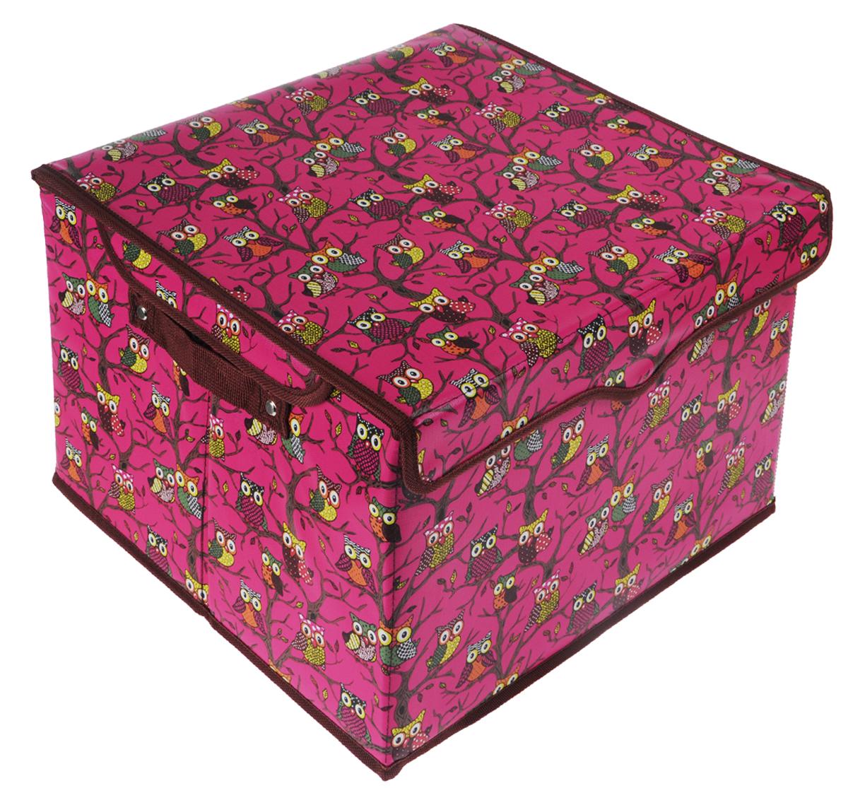 Кофр для хранения El Casa Совы, цвет: розовый, 41 см х 36 см х 26 см171141Кофр для хранения El Casa Совы - компактное и красивое решение для хранения вещей дома или на даче. Кофр имеет жесткий каркас из МДФ, выполнен из экокожи с красивым принтом в виде сов. Снабжен крышкой, которая закрывается на липучку. Две ручки по бокам - для комфортной переноски. В таком кофре можно хранить всевозможные предметы: книги, игрушки, рукоделие. Яркий запоминающий дизайн кофра привнесет в ваш интерьер неповторимый шарм.
