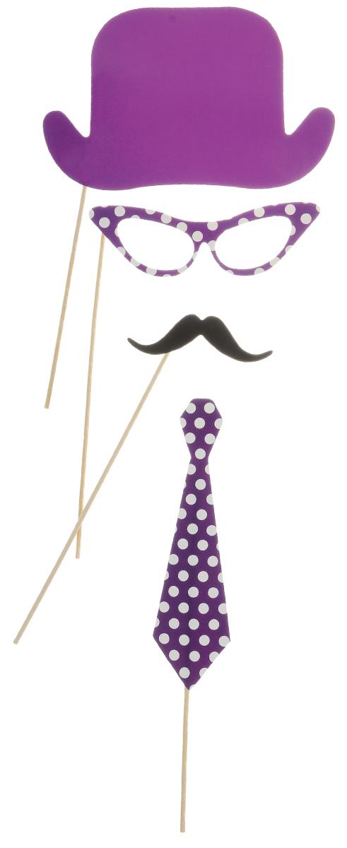 Набор для вечеринок Феникс-Презент, цвет: сиреневый, белый, 4 предмета. 3921339213Набор для вечеринок Феникс-Презент внесет нотку задора и веселья в ваш праздник. В набор входит шляпа, очки, усы и галстук. Изделия выполнены из плотной бумаги, имеют крепление на бамбуковой палочке. Такой набор позволит причудливо изменить внешний вид человека. Идеальный вариант для игр и театрализованных сценок. Длина палочек: 20 см.