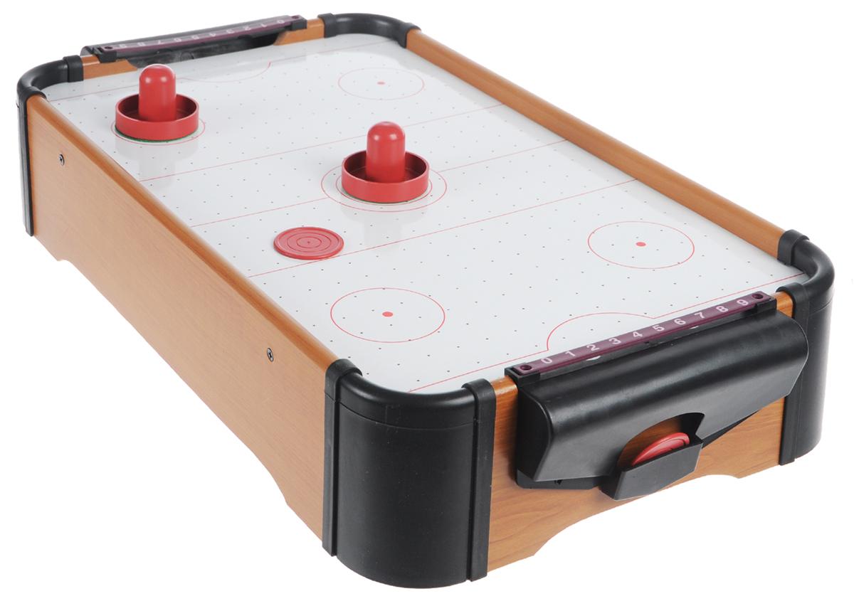 Игра настольная Русские Подарки Аэрохоккей, размер: 51*31*10 см. 4241942419Настольная игра Аэрохоккей состоит из игрового поля, двух ворот со счетчиком очков, двух шайб и двух бит. Аэрохоккей - увлекательная и активная игра. Участие в этой игре принимают два игрока. Цель игры - забить шайбу в ворота противника. Игровое поле представляет собой гладкую игровую поверхность, окруженную деревянным бортиком, предотвращающим падение шайбы и бит. Через небольшие дырочки на игровой поверхности создается циркуляция воздуха, уменьшая трение и увеличивая тем самым скорость игры. Устройство, поддерживающее циркуляцию воздуха, работает от батареек. Бита для аэрохоккея представляет собой ручку, прикрепленную к плоской поверхности. Шайбы для аэрохоккея - плоские диски, выполненные из пластика. Такой игровой набор станет прекрасным подарком и позволит приятно провести время в хорошей компании. Для работы игрушки необходимы 8 батареек типа АА (не входят в комплект).