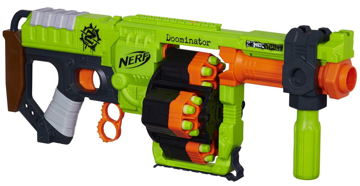 Nerf Бластер Zombie Strike DoominatorB1532EU4Бластер Nerf Zombie Strike Doominator позволит вашему ребенку почувствовать себя во всеоружии! Бластер выполнен из яркого безопасного пластика салатового и оранжевого цветов. С этим оружием ни один зомби не останется незамеченным. Как только стрелы в одном барабане закончатся, необходимо надавить на механизм, расположенный под основным спусковым крючком и стрельба начнется вновь. Таким образом, перезарядка будет происходить практически мгновенно, экономя время в сражении. Перезаряжать устройство необходимо после каждого выстрела, а ручка, которая используется в этом процессе, может быть расположена для удобства справа, слева или внизу. В бластере предусмотрены 4 барабана с 6 стрелами в каждом. Всего в наборе имеется 24 патрона. Удивите своего ребенка самым большим и оригинальным подарком, который доставит ему массу удовольствия.