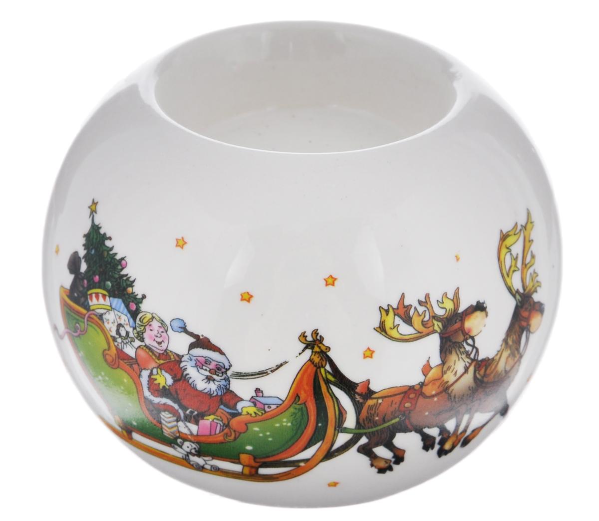 Подсвечник Winter Wings Дед Мороз, 7,5 см х 7,5 см х 5,5 смN162741Подсвечник Winter Wings Дед Мороз, изготовленный из керамики, станет прекрасным украшением интерьера помещения в преддверии Нового года. Подсвечник украшен красивым новогодним изображением Деда Мороза на санях. Имеется одно отверстие для чайной свечи (свеча в комплект не входит). Зажигать свечи в Новый год - неизменная традиция, которая позволяет наполнить дом волшебством и таинственностью новогодней ночи.