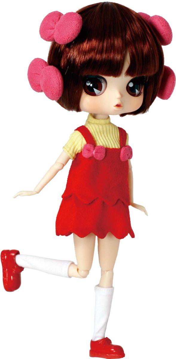 Groove Кукла Byul ПинокоGRVB317Дизайнерские куклы от японской компании Groove могут похвастаться множеством подвижных шарнирных соединений, своей собственной историей и уникальным внешним видом — каждая кукла из этой серии обладает индивидуальной причёской и макияжем. Пиноко — персонаж аниме Black Jack, где гениальный хирург без лицензии спасает жизни безнадежно больным, но при этом цинично требует баснословные суммы за чудесное спасение. Пиноко — одна из его пациенток. Вот почему кукла облачена в больничный халат, а также в шапочку и маску хирурга. Byul Пиноко относится к числу кукол с «двухслойным» одеянием. Избавившись от больничного дресс-кода, вы обнаружите, что кукла облачена в яркий красный сарафанчик с желтым свитерком, а в волосах у нее милые розовые заколочки.