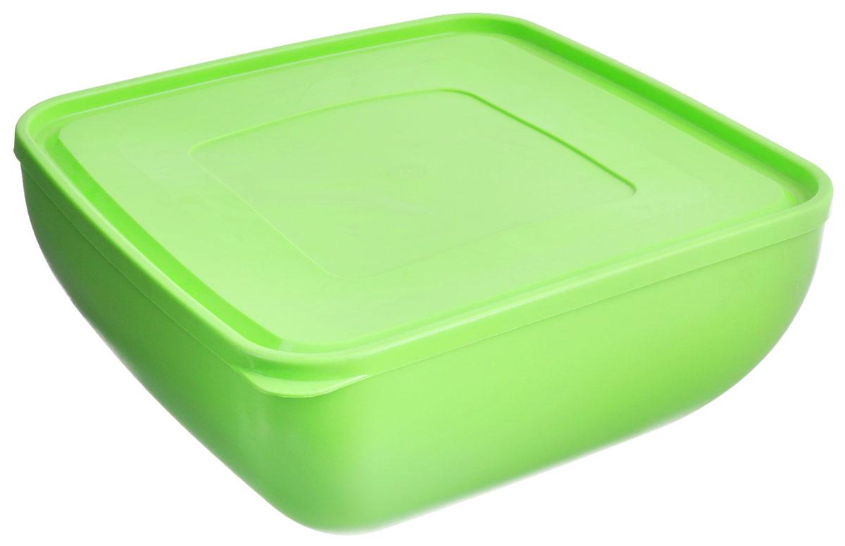 Салатник Ucsan, квадратный, с крышкой, цвет: салатовый, 6 лM-658_салатовыйКвадратный салатник Ucsan, изготовленный из высококачественного полипропилена, оснащен плотно закрывающейся крышкой. Изделие идеально подходит для сервировки стола. Салатник Ucsan не только украсит ваш кухонный стол и подчеркнет прекрасный вкус хозяйки, но и станет отличным подарком. Размер салатника (без учета крышки): 26,5 см х 26,5 см х 12,5 см. Объем салатника: 6 л.