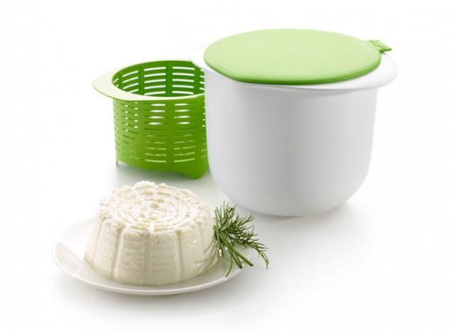 Форма для приготовления домашнего творога, 1л 0220100V06M0170220100V06M017Простой процесс приготовления домашнего творога: занимает всего лишь 15 минут вашего времени. Нужны всего лишь 2 ингредиента: свежее молоко и закваска