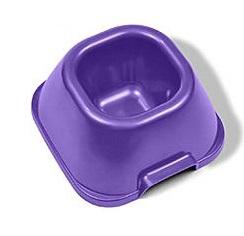Миска VanNess, средняя тяжелая, цвет: фиолетовая, 650 мл1020Миска для корма или воды для животных. Изготовлена из пластика (полипропилена PP), безопасного для пищевого использования. Симпатичный дизайн привлечет вашего питомца. Миска легко моется любыми моющими средствами, а также в посудомоечной машине. Вся продукция Van Ness проходит проверку на прочность, функциональность и безопасность. Характеристики: Размер миски: 20,5 х 21,5 х 9,5 см; Глубина миски: 7,5 см; Объем: 650 мл; Цвет: фиолетовый.