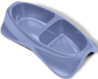 Миска для животных VanNess, двойная, цвет: голубой, 1,48 л1031Двойная миска VanNess - это функциональный аксессуар для собак, кошек и грызунов. Изделие выполнено из высококачественного цветного пластика. В миску можно положить два разных блюда - в каждое отделение. Миска легко моется. Ваш любимец будет доволен! Объем одной емкости: 740 мл.