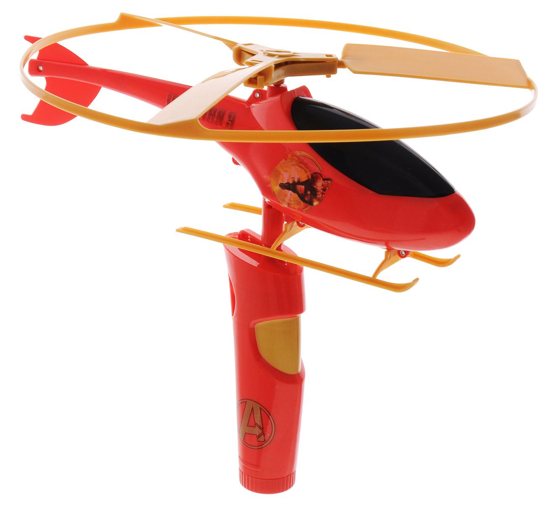IMC Toys Вертолет с пусковым устройством Iron Man 3580114_красный, золотистыйВертолет с пусковым устройством IMC Toys Iron Man 3 прекрасно подойдет для активных летних игр и станет отличным подарком для каждого мальчика. Игрушка выполнена в виде яркого стильного вертолета. Благодаря пусковому механизму он без труда поднимается в воздух и летает на радость ребенку. Вертолет прекрасно подойдет как для игр дома, так и на открытом воздухе. Игра с таким вертолетом способствует развитию тактильной чувствительности, воображения и подарит только положительные эмоции.