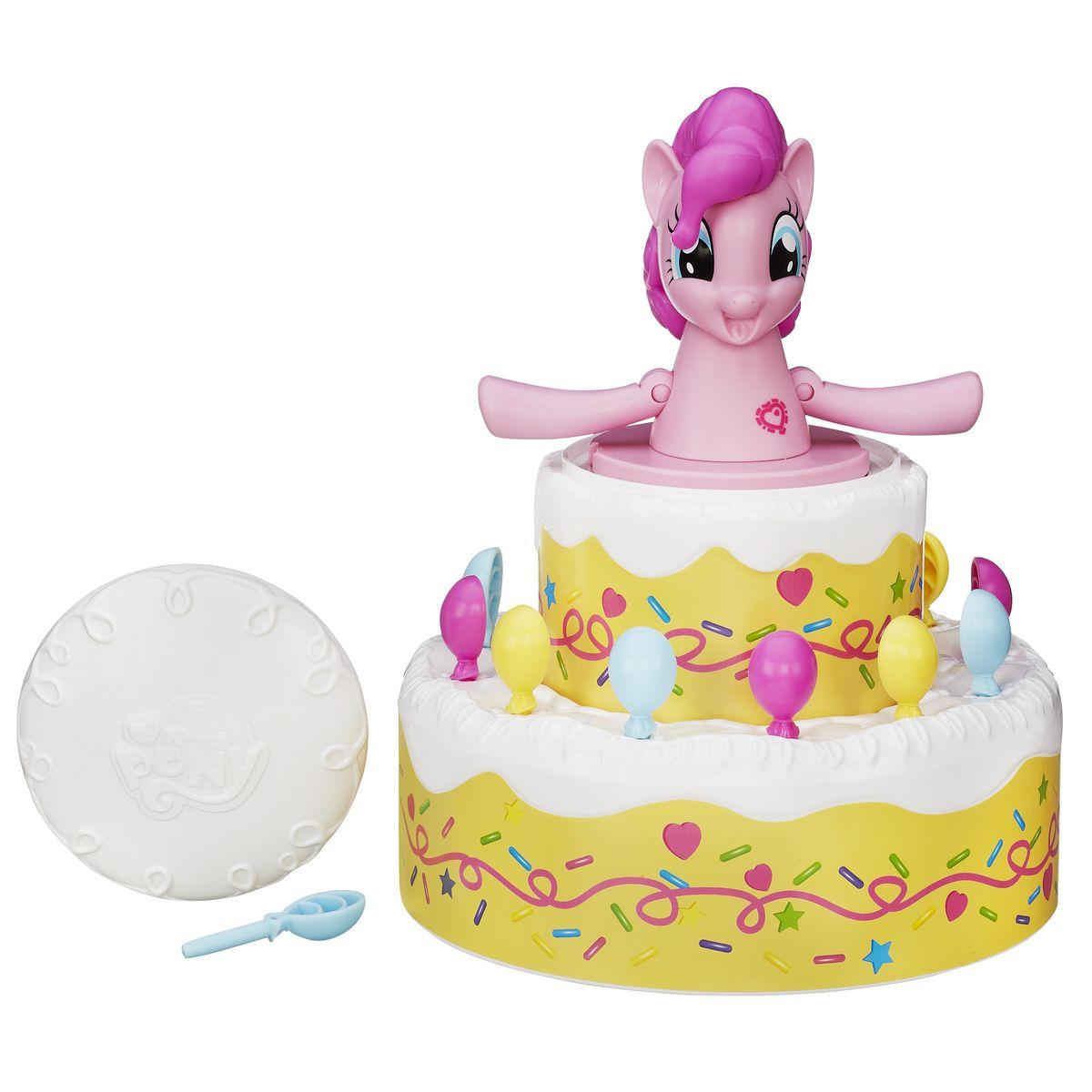 Hasbro Games Настольная игра Сюрприз Пинки Пай MY LITTLE PONYB2222EU4Игровой набор Playskool Сюрприз Пинки Пай обязательно порадует вашу малышку. Ничто так не приводит Пинки Пай в восторг, как вечеринка-сюрприз! В игре Пинки Пай вы можете по очереди украшать шариками торт, который она только что испекла. Чем больше вы его украшаете, тем приводите ее в больший восторг, и если она выпрыгивает из торта во время вашего хода, вы выигрываете! Когда вы закончили играть, вы можете сложить шарики под торт. Один сюрприз следует за другим в игре Пинки Пай! Механизм игрушки устроен таким образом, что невозможно предугадать, в какое отверстие нужно вставить палочку, чтобы Пинки выскочила, так что результат игры непредсказуем. Игра пробуждает нешуточный азарт и способна занять на долгие часы. Помогите Пинки Пай украсить торт шариками, а взамен она покажет вам, что значит по-настоящему развлекаться! Игра содержит 1 фигурку Пинки Пай, 2 секции торта, 12 украшений для торта, 1 крышку и инструкцию.