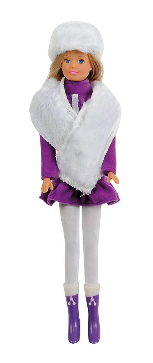 Simba Кукла Штеффи в зимней одежде цвет фиолетовый5733148_фиолетовыйКукла Simba Штеффи надолго займет внимание вашей малышки и подарит ей множество счастливых мгновений. Кукла изготовлена из пластика, ее голова, ручки и ножки подвижны, что позволяет придавать ей разнообразные позы. Красавица Штеффи одета специально для зимней прогулки. На ней теплая меховая курточка, пушистая шапка с шарфом и длинные брюки. Наряд дополняют стильные фиолетовые сапожки. Чудесные длинные волосы куклы так весело расчесывать и создавать из них всевозможные прически, плести косички, жгутики и хвостики. Благодаря играм с куклой, ваша малышка сможет развить фантазию и любознательность, овладеть навыками общения и научиться ответственности. Порадуйте свою принцессу таким прекрасным подарком!
