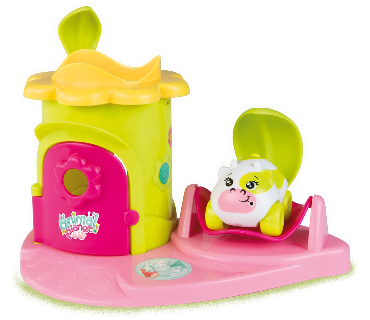 Smoby Игровой набор Animal Planet Коровка211354_коровкаИгровой набор Animal Planet Коровка содержит машинку Animal Planet и замечательный домик для пикника с зонтиком и столиком. Элементы зонтика двигаются. Окрашена игрушка в очень яркие цвета, что привлечет внимание малыша. С такой игрушкой ваш ребенок не захочет надолго разлучаться! br>Игрушка развивает мелкую моторику, мышление, зрительное и звуковое восприятие, повышает двигательную активность малышей. Порадуйте вашего ребенка таким замечательным подарком! Рекомендуемый возраст: от 18 месяцев.