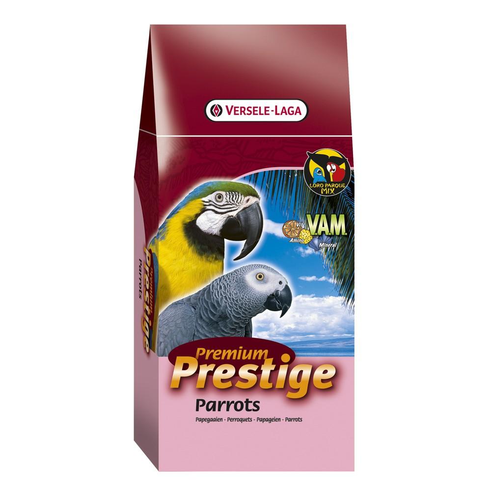 Корм VERSELE-LAGA для крупных попугаев Prestige PREMIUM Parrots 15 кг422000VERSELE-LAGA корм для крупных попугаев ПРЕМИУМ Parrots 15 кг. Смесь для попугаев Prestige Parrots Premium – это обогащенная зерновая смесь с дополнительными питательными веществами, которые необходимы попугаям для поддержания хорошей кондиции. Эта смесь состоит из отобранных семян и дополнительно обогащена Витаминами, Аминокислотами и Минералами, добавляемыми в экстудированные гранулы Maxi VAM. Кроме этого, вкусные гранулы Maxi VAM содержат Флорастимул, гарантирующий хорошую работу кишечника и превосходную кондицию. Молотый панцирь устриц обеспечивает правильное функционирование мускульного желудка и баланс кальция/фосфора. Смесь Крупные попугаи Премиум - Parrots Premium обогащена: витаминами К, Б1, Б2, Б6, Б12, С, ПП, фолиевой кислотой, биотином и холином. Минералами: натрием, магнием и калием. Микроэлементами: железом, медью, марганцем, цинком, йодом и селеном. Вес упаковки: 15 кг.