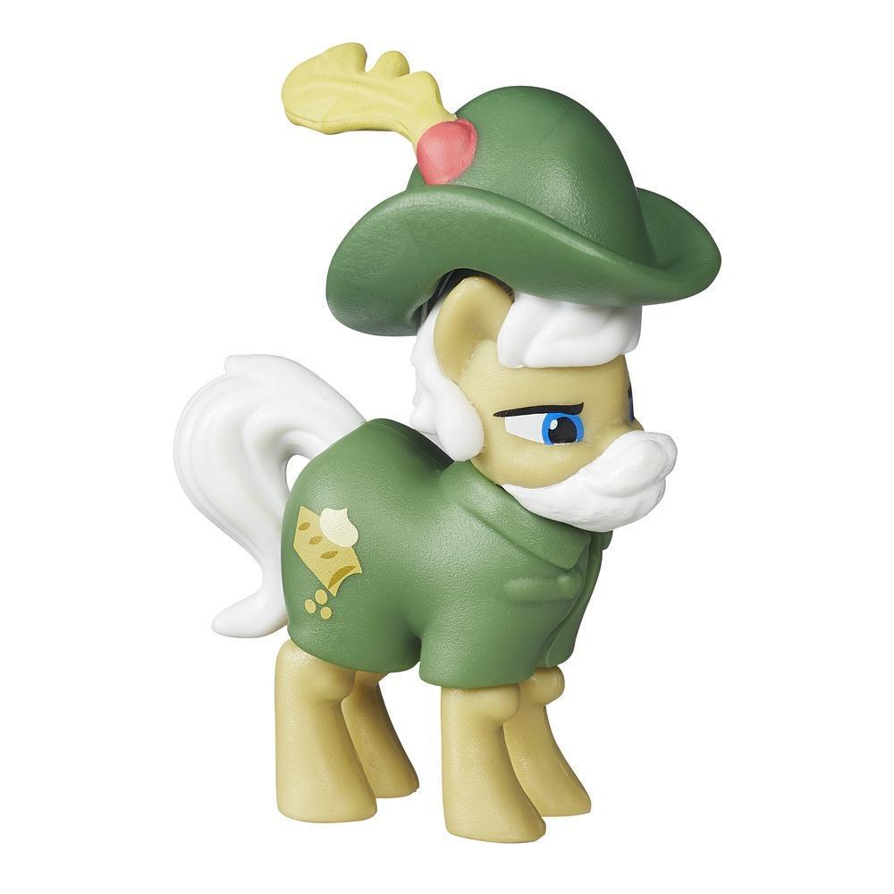 My Little Pony Фигурка пони Эппл ШтрудельB2071_B2203_Apple StrudelФигурка пони Эппл Штрудель (Apple Strudel) обязательно понравится маленькой поклоннице My Little Pony. Эппл Штрудель - мудрый дядюшка-пони с седыми гривой, усами и хвостом, одетый в зеленый костюм и шляпу с пером. Игрушка выполнена из высококачественного безопасного пластика. Порадуйте вашу дочурку таким замечательным подарком!