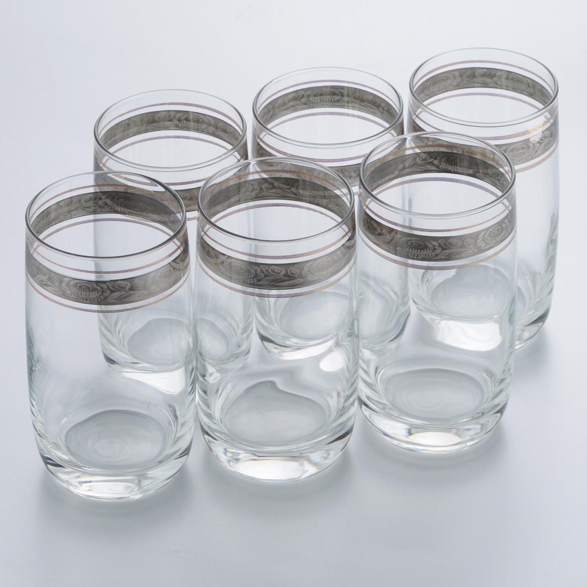 Набор стаканов для коктейлей Гусь-Хрустальный Первоцвет, 330 мл, 6 штTL66-809Набор Гусь-Хрустальный Первоцвет состоит из 6 высоких стаканов, изготовленных из высококачественного натрий-кальций-силикатного стекла. Изделия оформлены красивым зеркальным покрытием и прозрачным орнаментом. Стаканы предназначены для подачи коктейлей, а также воды и сока. Такой набор прекрасно дополнит праздничный стол и станет желанным подарком в любом доме. Разрешается мыть в посудомоечной машине. Диаметр стакана (по верхнему краю): 6,2 см. Высота стакана: 12,3 см.