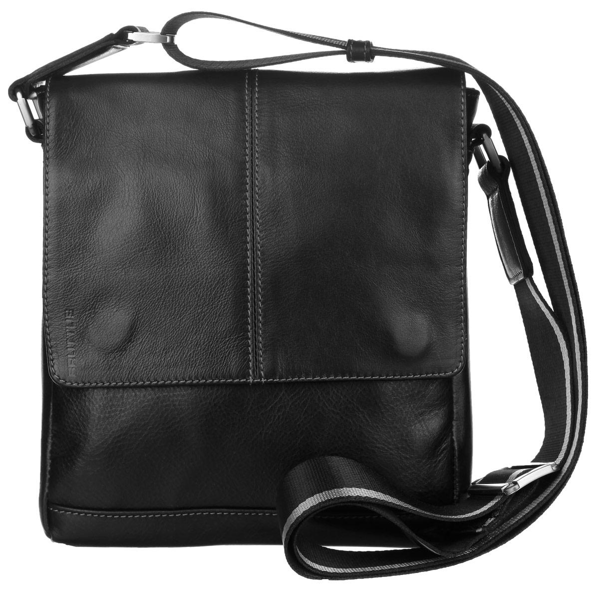 Сумка мужская Bruttus, цвет: черный. 937937Стильная мужская сумка Bruttus изготовлена из натуральной кожи с фактурным тиснением. Модель имеет одно основное отделение, которое закрывается на застежку-молнию и сверху широким клапаном на магнитах. Внутри имеется два открытых кармашка для телефона и мелочей и прорезной карман на застежке- молнии. Снаружи на передней стенке под клапаном располагается пришивной карман. На задней стенке находится прорезной карман на застежке-молнии. Изделие оснащено текстильным плечевым ремнем, который регулируется по длине. Сумка упакована в фирменный чехол. Сумка Bruttus поможет вам подчеркнуть чувство стиля и завершить выбранный образ.