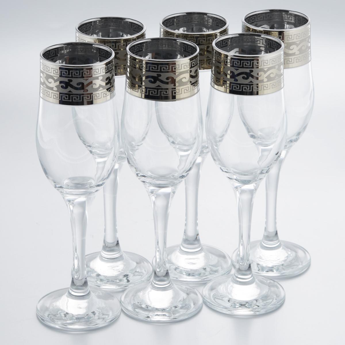 Набор бокалов Гусь-Хрустальный Версаче, 200 мл, 6 штGE08-160Набор Гусь-Хрустальный Версаче состоит из 6 бокалов на длинных тонких ножках, изготовленных из высококачественного натрий-кальций-силикатного стекла. Изделия оформлены красивым зеркальным покрытием и белым матовым орнаментом. Бокалы предназначены для шампанского или вина. Такой набор прекрасно дополнит праздничный стол и станет желанным подарком в любом доме. Разрешается мыть в посудомоечной машине. Диаметр бокала (по верхнему краю): 5 см. Высота бокала: 20 см.