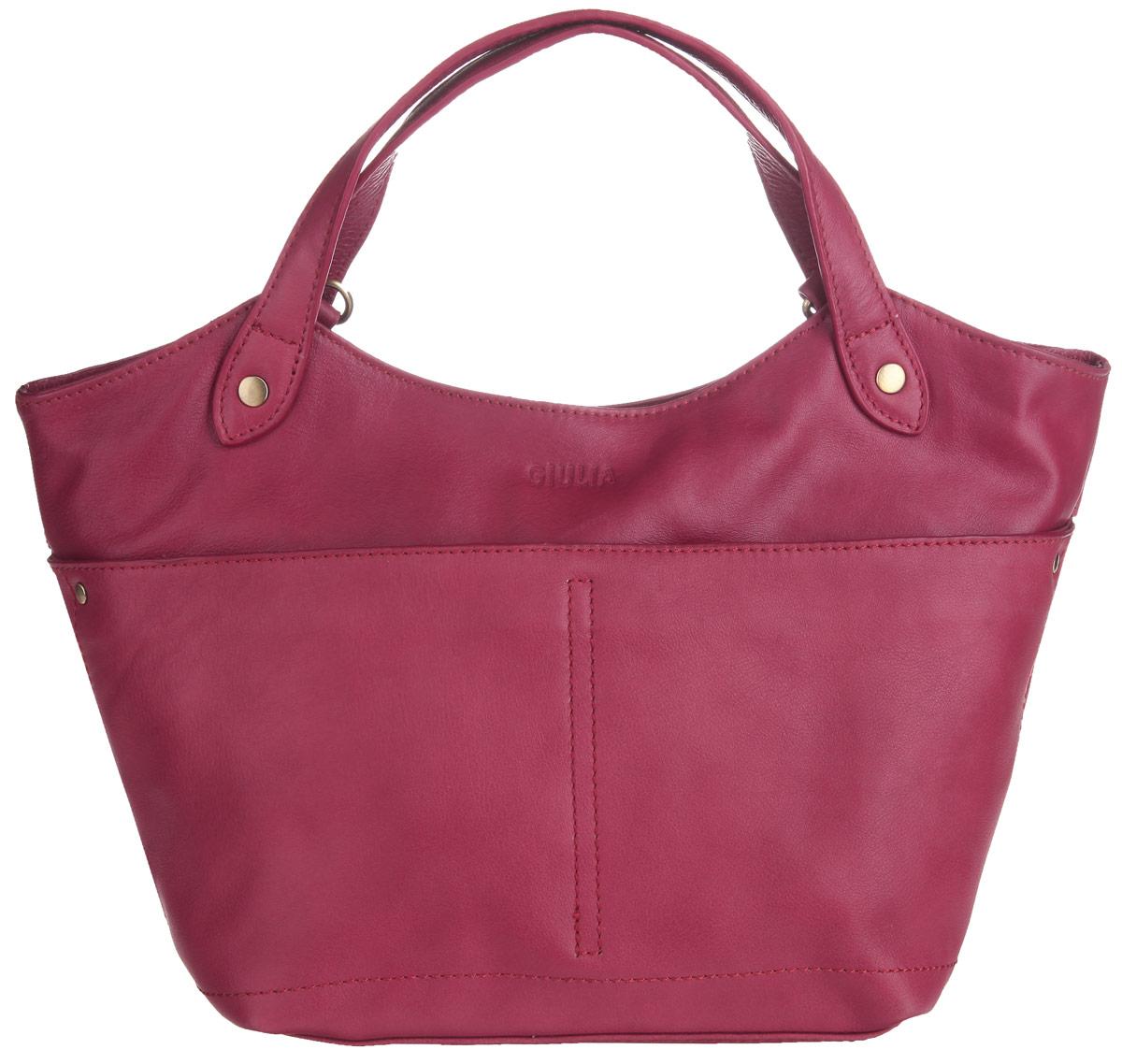 Сумка женская Giulia, цвет: темно-красный. 3124531245 redИзысканная женская сумка Giulia выполнена из натуральной кожи. Сумка имеет одно основное отделение, закрывающееся на застежку-молнию. Внутри имеется прорезной кармашек на застежке-молнии и два накладных кармашка, один из которых закрывается на хлястик с липучкой. Снаружи на задней стенке располагается прорезной карман на застежке-молнии. На передней стенке находятся два накладных открытых кармана. Сумка оснащена двумя удобными ручками. В комплект входит съемный плечевой ремень. Роскошная сумка внесет элегантные нотки в ваш образ и подчеркнет ваше отменное чувство стиля.