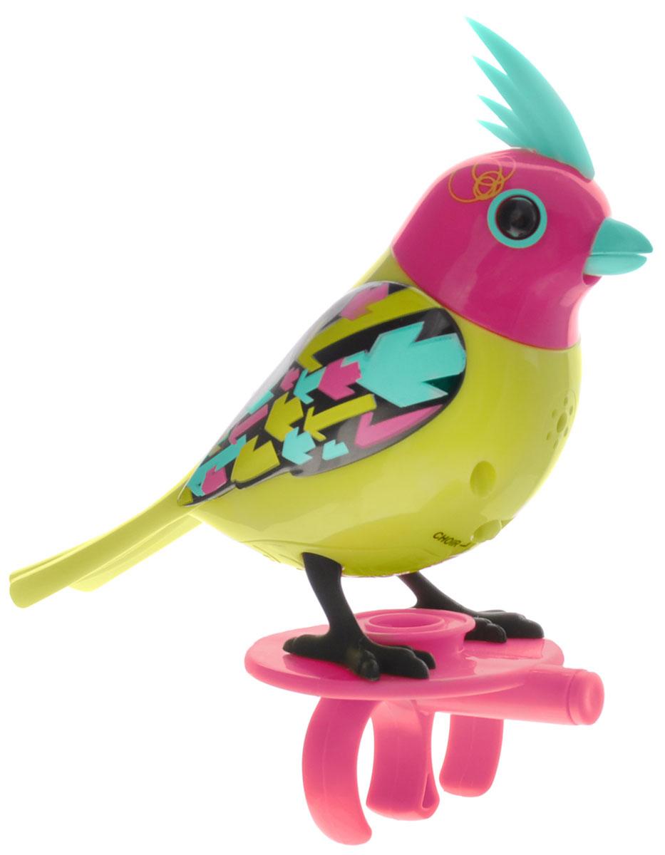 DigiBirds Интерактивная игрушка Птичка Neon - DigiBirds88286_зеленый, розовыйИнтерактивная игрушка Птичка DigiBirds Neon - это забавная интерактивная игрушка, которая займет малыша на длительное время. Птичка стоит на специальном свистке, который удобно держать на двух пальцах. Эта игрушка умеет выполнять разные действия: щебетать, петь песенки, при этом двигая головой и клювом. Если подуть на грудку птички, она начнет щебетать. Если подуть в свисток, птичка станет исполнять известную песенку. Игрушка воспроизводит свыше 55 музыкальных свистов. 2 режима работы игрушки: соло и хор. При переключении в режим хора можно последовательно подсоединять птичек к главной, в результате они будут вместе исполнять песенки вслед за главной птичкой и щебетать друг с другом. Игрушка развивает музыкальный слух, любовь к музыке и животным. Для работы игрушки необходимы 3 батарейки напряжением 1,5V типа AG13/LR44 (товар комплектуется демонстрационными).