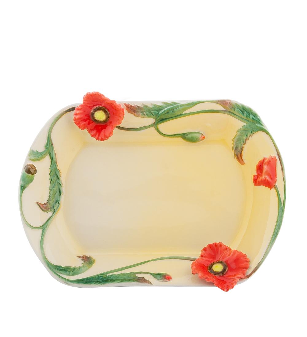 Блюдо Pavone Маки, 20 х 15 см103821Блюдо Pavone Маки выполнено из фарфора и декорировано объемным изображением. Блюдо Pavone Маки украсит ваш кухонный стол, а также станет замечательным подарком друзьям и близким. Размеры блюда: 20 х 15 см.