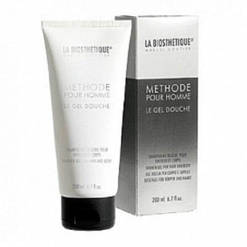 La Biosthetique Гель-шампунь Methode Pour Homme для душа с увлажняющим комплексом, 200 млLB3917Мягкий Гель-Шампунь эффективно очищает волосы, кожу головы и тела, не высушивая и не оставляя ощущение стянутости кожи, не вызывая раздражение. Основу средства составляет комплекс из растительных экстрактов, в который входят: Бетаин, выделенный из сахарной свеклы, интенсивно увлажняющий кожу и длительно удерживающий в ней влагу, а также укрепляющий волосы и их луковицы, и экстракт Ладана, снимающий раздражение, успокаивающий и смягчающий кожу. Кроме того, гель содержит Липидный комплекс, который повышает уровень липидов в коже и растительные Полисахариды образующие тончайшую, не ощутимую, защитную пленку. После принятия душа волосы становятся эластичными и блестящими, а кожа упругой и гладкой.