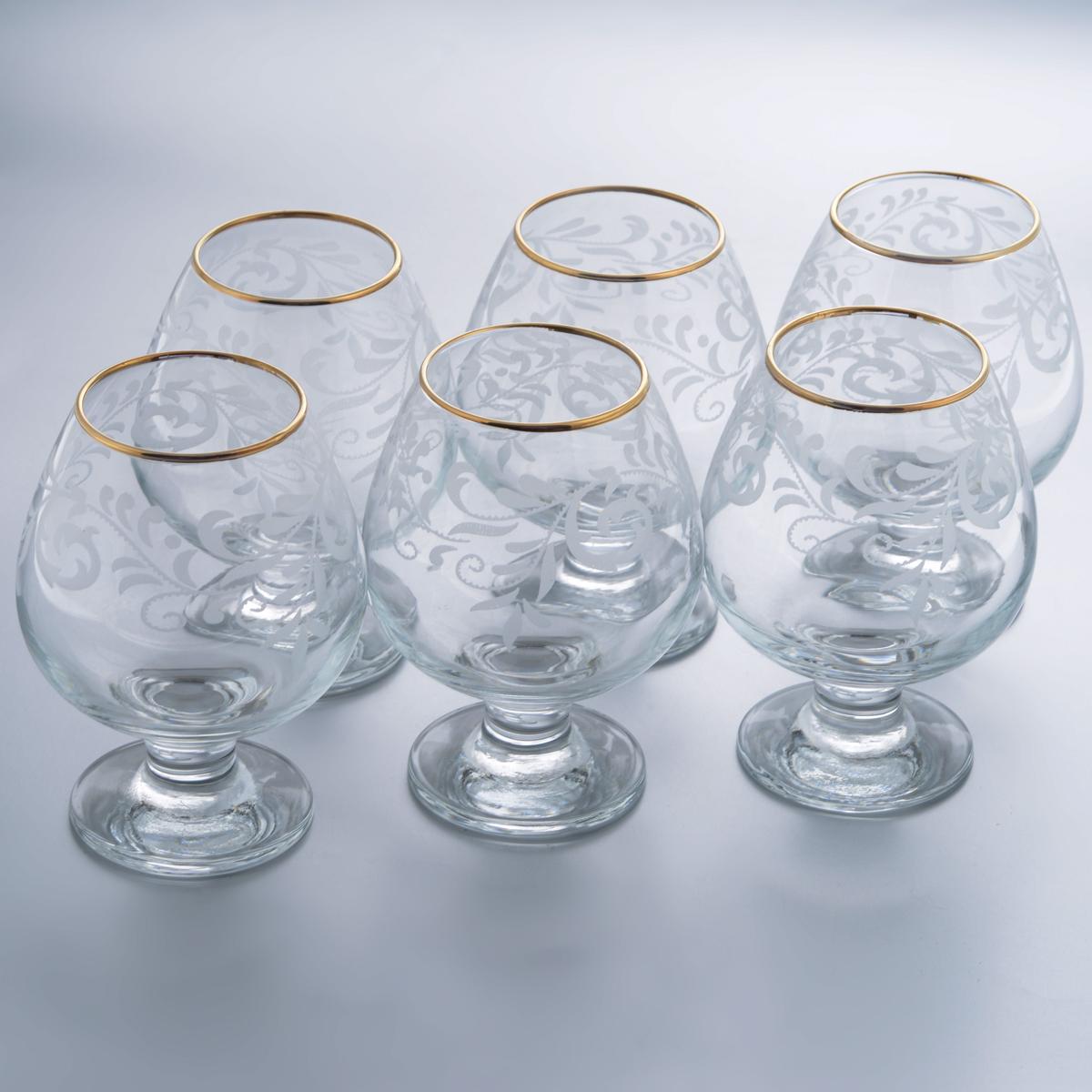 Набор бокалов для бренди Гусь-Хрустальный Веточка, 400 мл, 6 штEL10-188Набор Гусь-Хрустальный Веточка состоит из 6 бокалов на низкой ножке, изготовленных из высококачественного натрий-кальций-силикатного стекла. Изделия оформлены красивым зеркальным покрытием и белым матовым орнаментом. Бокалы предназначены для подачи бренди. Такой набор прекрасно дополнит праздничный стол и станет желанным подарком в любом доме. Разрешается мыть в посудомоечной машине. Диаметр бокала (по верхнему краю): 5,5 см. Высота бокала: 12,5 см. Диаметр основания бокала: 6,5 см.