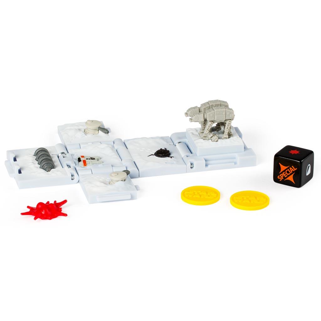 Spin Master Боевой кубик Звездные войны Battle Of Hoth52102_20071523Боевой кубик Spin Master Звездные войны: Battle Of Hoth - это новый уникальный продукт, который придётся по душе любому фанату саги Звёздные войны. Игрушка представляет собой боевой кубик-трансформер. В сложенном состоянии это компактный кубик высотой 4 сантиметра, но стоит его раскрыть и у вас на столе окажется поле для стратегической игры в антураже любимой вселенной. Внутри раскладывающегося кубика - сцены из мира Звездных войн. Такой кубик станет великолепным подарком для любого поклонника настольных игр! В набор входит 1 кубик, который позволит воспроизвести битву при Хоте, игральный кубик, 3 фишки-маркера и карта для игры.