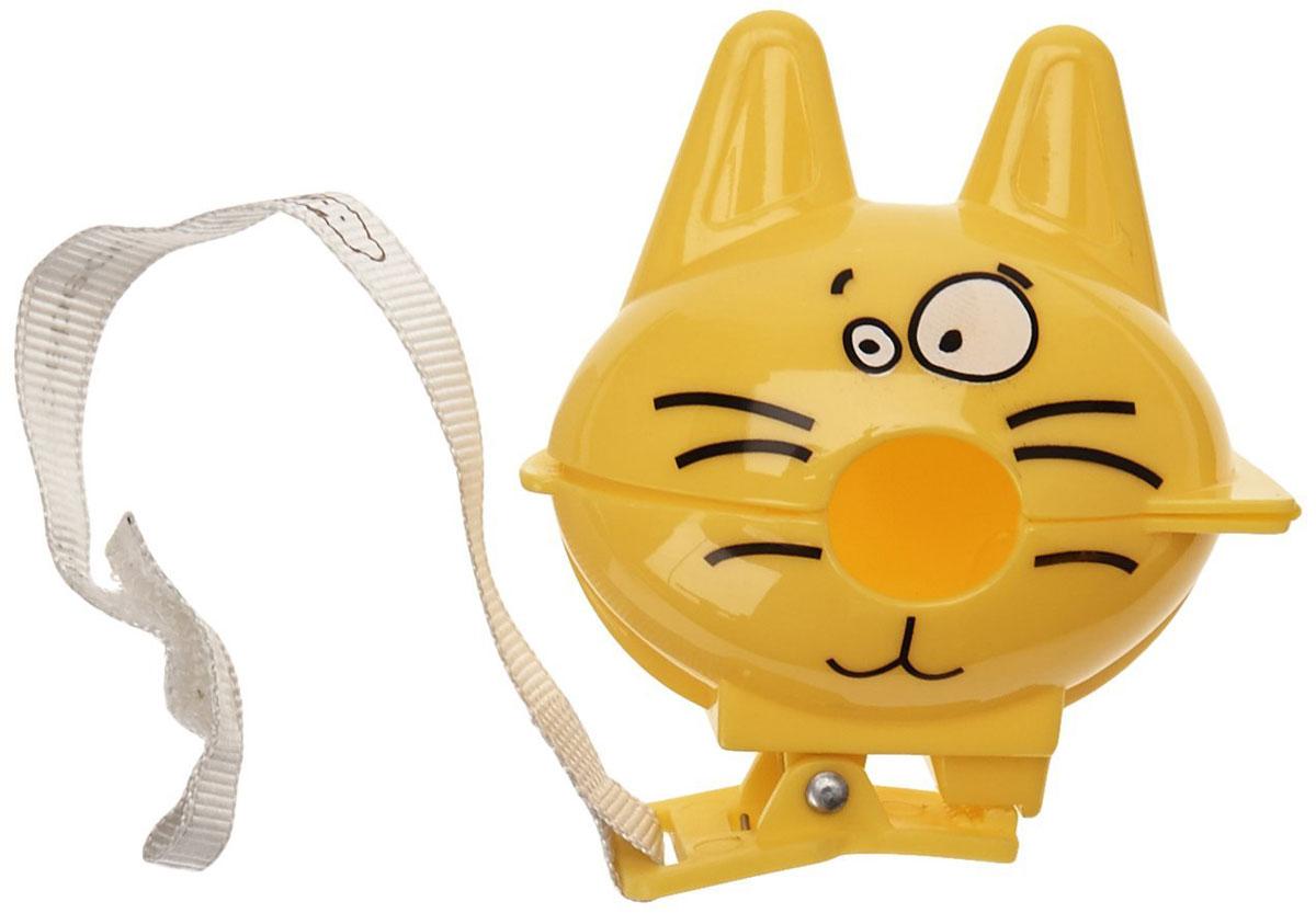 Bebe Confort Футляр-клипса для пустышки Котик цвет желтый30001170_желтыйФутляр-клипса для пустышки Bebe Confort Котик позволит избежать ситуации, когда пустышка падает, теряется и становится грязной. Держатель выполнен из пластика желтого цвета в виде милого котика. Пустышка вставляется в отверстие в корпусе футляра, что обеспечивает ей надежную защиту от загрязнения, и позволяет извлечь в любой момент. С помощью клипсы футляр легко пристегивается к нагруднику, одежде ребенка или коляске. С таким футляром прогулки с малышом станут еще комфортнее и увлекательнее.