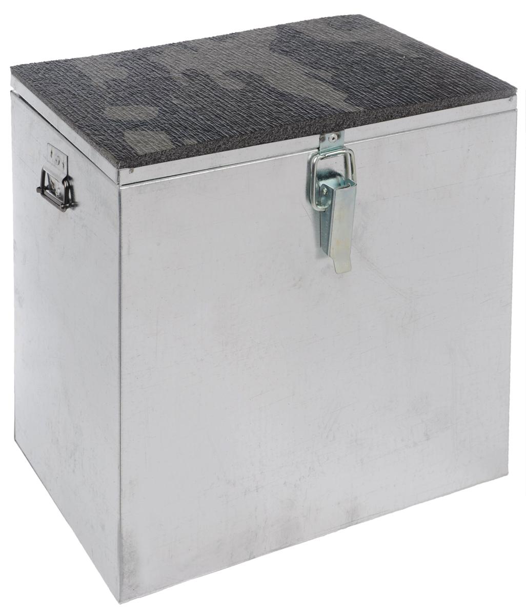 Ящик рыболова Рост, оцинкованный, 30 см х 19 см х 29 см26737Прочный и надежный ящик Рост, выполненный из высококачественной оцинкованной стали, сможет не один год прослужить любителю зимней рыбалки для транспортировки снастей и улова. Служащая сиденьем верхняя часть крышки оклеена плотным теплоизолятором - пенополиэтиленом с рифленой поверхностью. Боковые стенки емкости снабжены петлями для крепления идущего в комплекте плечевого ремня.