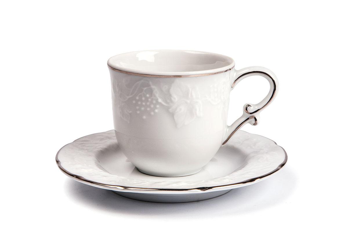 Набор чайный Yves De La Rosiere Vendanges, цвет: белый, серебристый, 12 предметов6 995 060 019Чайный набор Yves De La Rosiere Vendanges состоит из шести чашек и шести блюдец, оформленных рельефным рисунком. Предметы набора изготовлены из высококачественного фарфора. Изящный дизайн придется по вкусу и ценителям классики, и тем, кто предпочитает утонченность и изысканность. Он настроит на праздничный лад и подарит хорошее настроение с самого утра. Чайный набор - идеальный и необходимый подарок для вашего дома и для ваших друзей в праздники, юбилеи и торжества! Он также станет отличным корпоративным подарком и украшением любой кухни. Объем чашки: 200 мл. Диаметр чашки (по верхнему краю): 8 см. Высота чашки: 7 см. Диаметр блюдца: 15 см. Высота блюдца: 1,7 см.