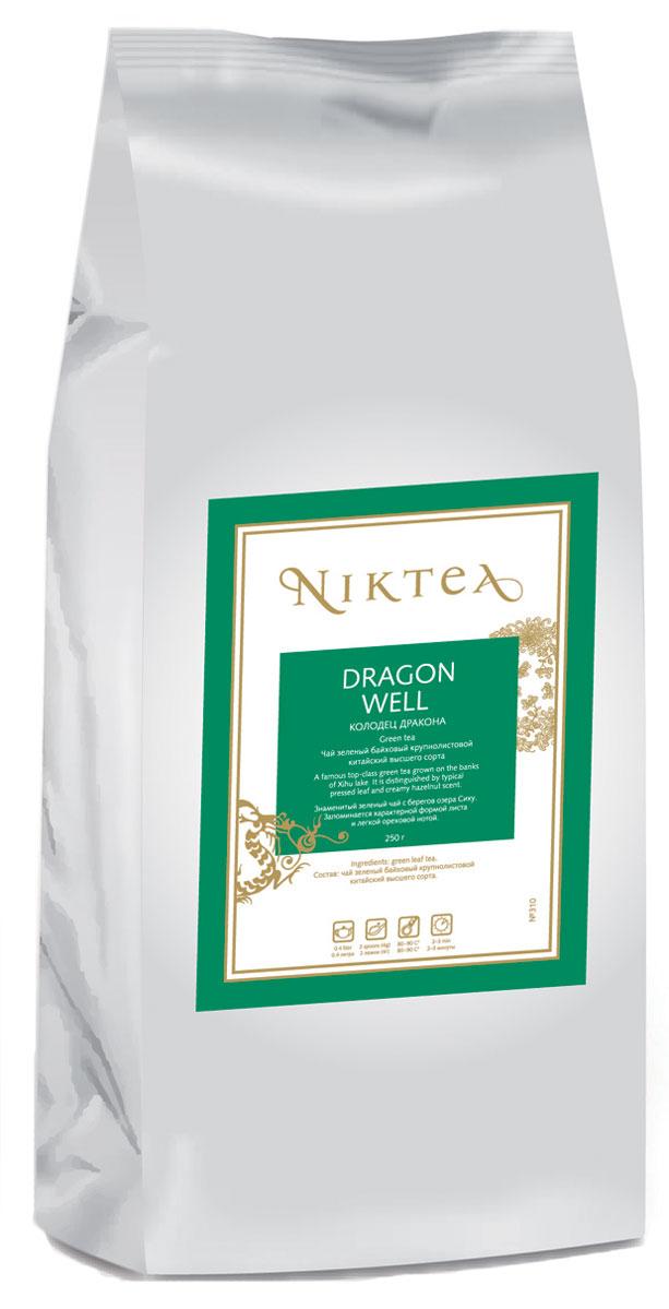 Niktea Dragon Well зеленый листовой чай, 250 гTALTHA-DP0011Niktea Dragon Well - знаменитый зеленый чай с берегов озера Сиху. Запоминается характерной формой листа и легкой ореховой нотой. NikTea следует правилу качество чая - это отражение качества жизни и гарантирует: Тщательно подобранные рецептуры в коллекции топовых позиций-бестселлеров. Контролируемое производство и сертификацию по международным стандартам. Закупку сырья у надежных поставщиков в главных чаеводческих районах, а также в основных центрах тимэйкерской традиции - Германии и Голландии. Постоянство качества по строго утвержденным стандартам. NikTea - это два вида фасовки - линейки листового и пакетированного чая в удобной технологичной и информативной упаковке. Чай обладает многофункциональным вкусоароматическим профилем и подходит для любого типа кухни, при этом постоянно осуществляет оптимизацию базовой коллекции в соответствии с новыми тенденциями чайного рынка. Листовая коллекция NikTea представлена в...