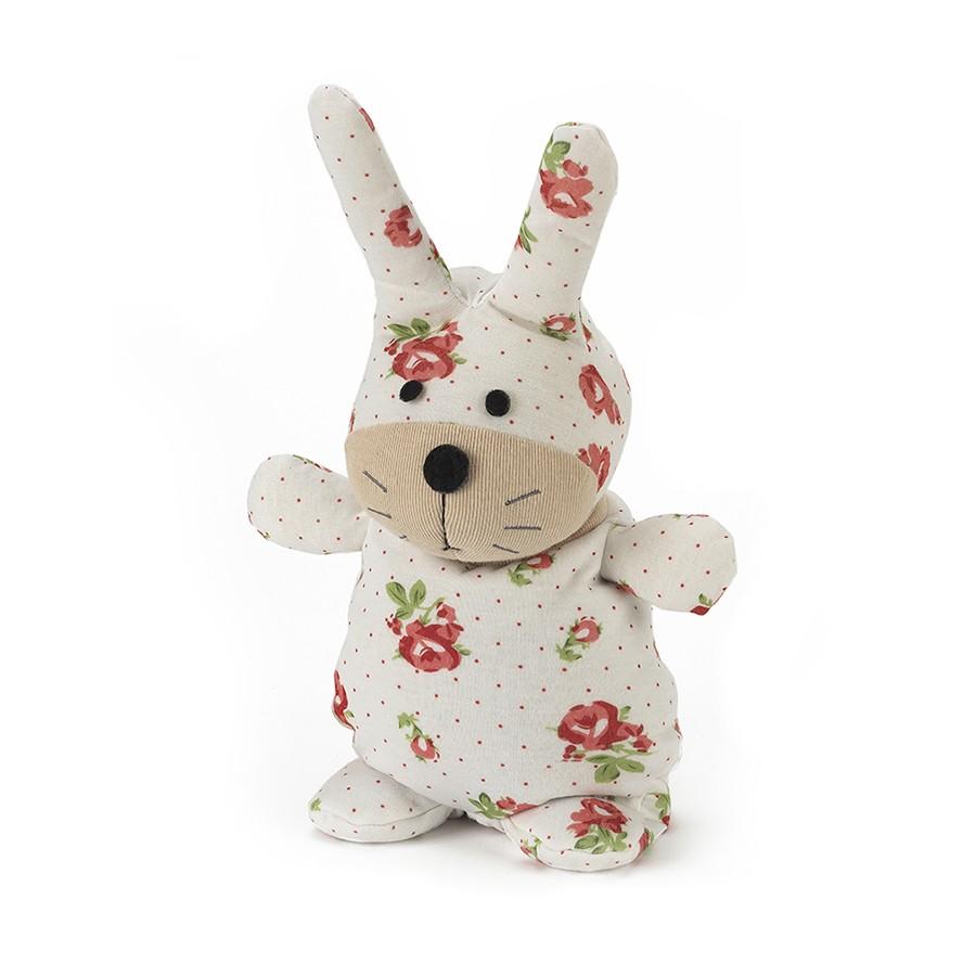 Warmies Игрушка-грелка Кролик ФлораSOC-BUN-2Положите игрушку на 1-2 минуты в микроволновую печь, и она будет греть вас на протяжении 3-4 часов. Игрушки полностью безопасны - состоят из натурального наполнителя: зерен проса и сушеной лаванды. Просо удерживает тепло долгое время, а лаванда обладает успокаивающим, расслабляющим эффектом, помогает заснуть. Лечебные свойства лаванды помогают при простудных заболеваниях. Не стирать - специальный шелковый мех легко очищается влажной тряпкой.