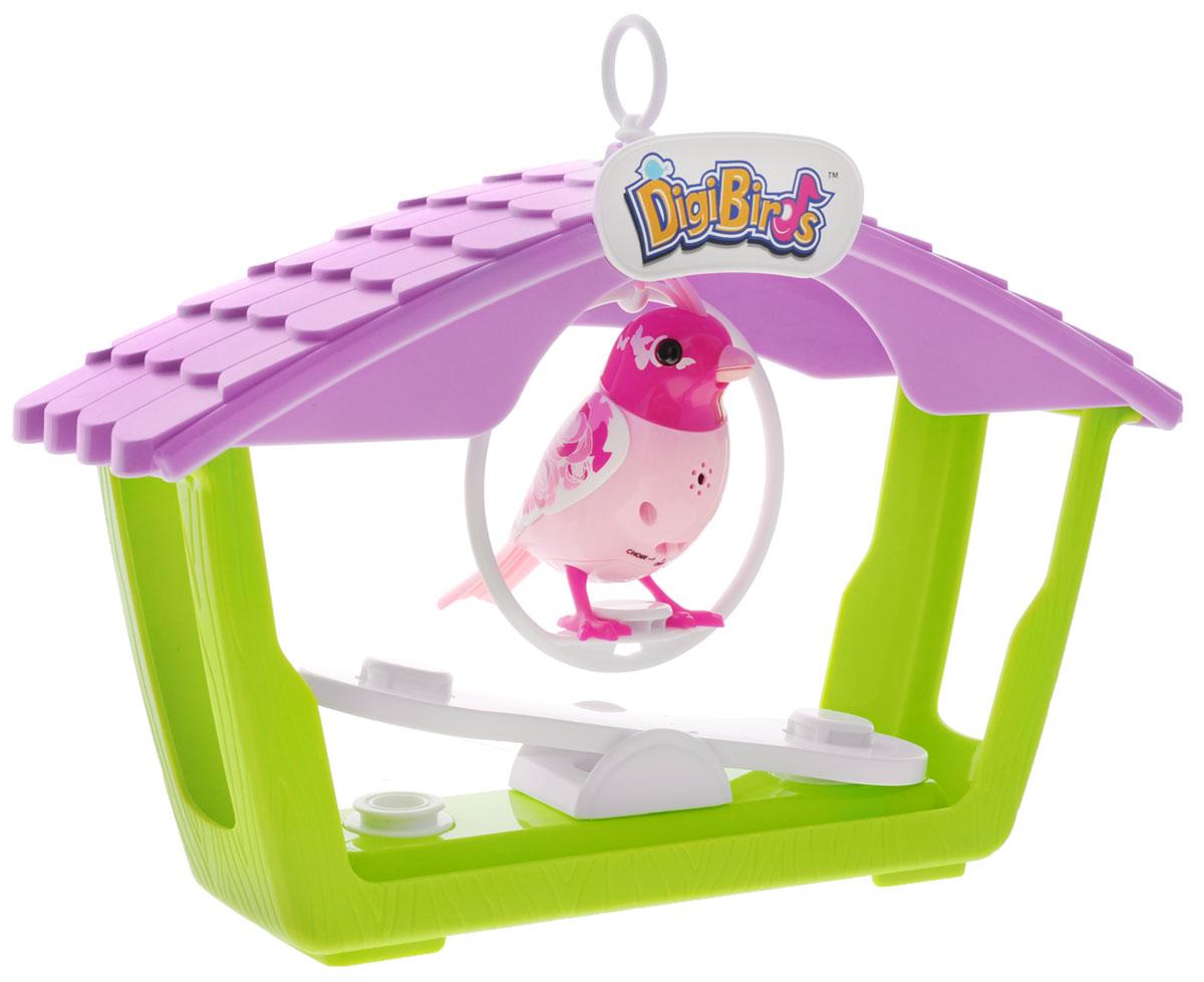 DigiBirds Интерактивный игровой набор Птичка с домиком88400_розовая птичкаИнтерактивный игровой набор DigiBirds Птичка с домиком включает в себя интерактивную птичку, домик, два вида качелей и свисток. Птичка умеет выполнять разные действия: щебетать, петь песенки, при этом двигая головой и клювом. Если подуть на грудку птички, она начнет щебетать. Если подуть в свисток, птичка станет исполнять известную песенку. Игрушка воспроизводит свыше 55 музыкальных свистов. 2 режима работы игрушки: соло и хор. При переключении в режим хора можно последовательно подсоединять птичек к главной, в результате они будут вместе исполнять песенки вслед за главной птичкой и щебетать друг с другом. В комплекте с птичкой идет домик с качелями для двух птичек, подвесные качели для одной птички и свисток. Игрушка развивает музыкальный слух, любовь к музыке и животным. Для работы игрушки необходимы 3 батарейки напряжением 1,5V типа AG13/LR44 (товар комплектуется демонстрационными).
