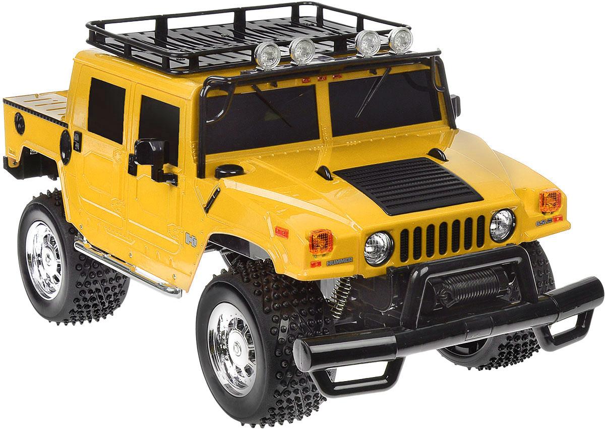 Rastar Радиоуправляемая модель Hummer H1 Sut цвет желтый28700_желтыйРадиоуправляемая модель Rastar Hummer H1 Sut станет отличным подарком любому мальчику! Все дети хотят иметь в наборе своих игрушек ослепительные, невероятные и крутые автомобили на радиоуправлении. Тем более, если это автомобиль известной марки с проработкой всех деталей, удивляющий приятным качеством и видом. Одной из таких моделей является автомобиль на радиоуправлении Rastar Hummer H1 Sut. Это точная копия настоящего авто в масштабе 1:6. Возможные движения: вперед, назад, вправо, влево, остановка. Имеются световые эффекты. Пульт управления работает на частоте 27 MHz. Игрушка работает на сменном аккумуляторе (входит в комплект). Для работы пульта управления необходима 1 батарейка 9V (6F22) (не входит в комплект).