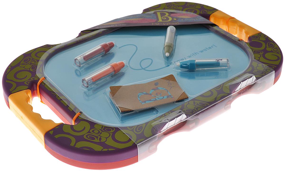 Battat Доска для рисования H2 Whoa двусторонняя цвет фиолетовый красный68619_фиолетовый, голубой, красный,хакиС доской для рисования H2 Whoa ваш ребенок может рисовать и писать снова и снова! Кроме самой доски в набор входят четыре разноцветные ручки, которые начинают рисовать после того, как их заполнить водой. Доска двусторонняя, с цветными полями для рисования и мягкими прорезиненными ручками по бокам. Картинка появляется и медленно исчезает по мере высыхания воды. С доской для рисования H2 Whoa ваш ребенок не перепачкается, как это бывает во время рисования фломастерами.